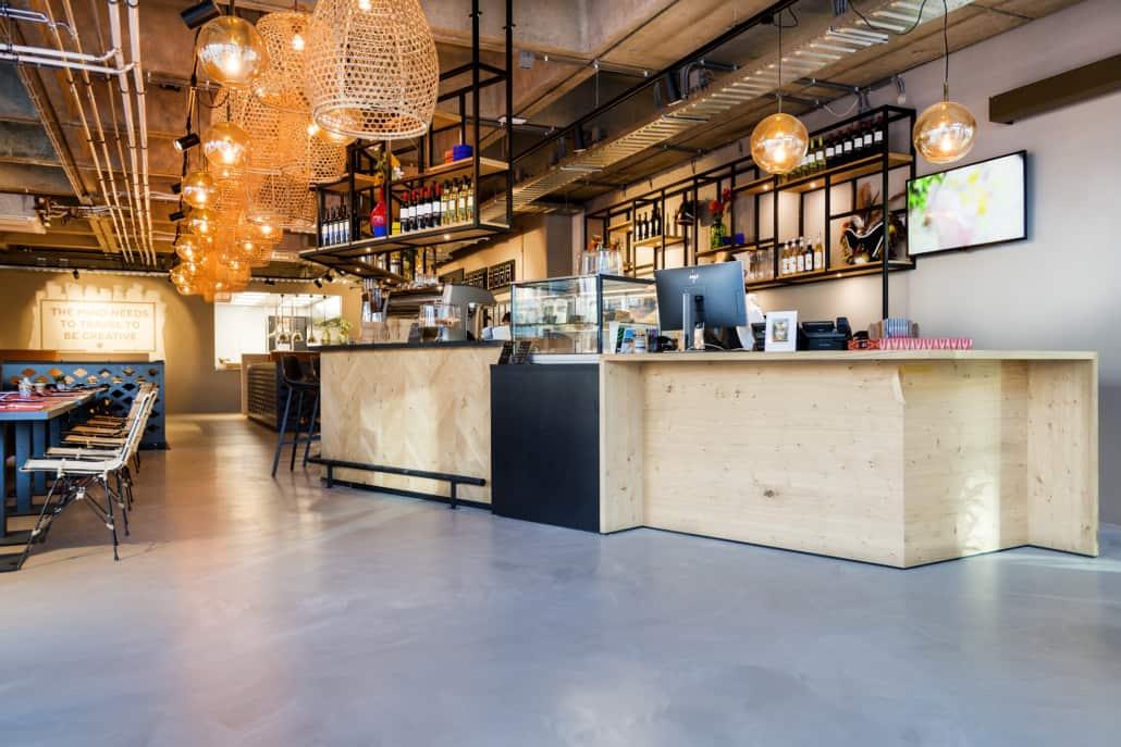 Epoxy gulv PU designgulv i New Yorker look i restaurant